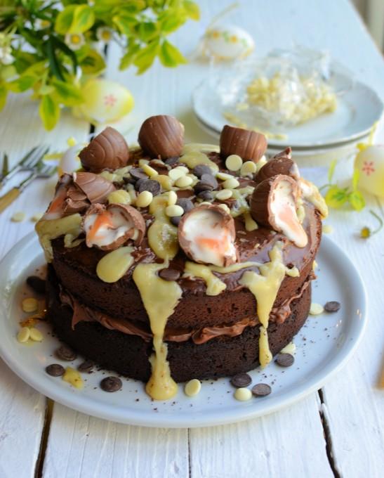A BIG Easter Cake! Creme Egg Chocolate Drizzle Cake