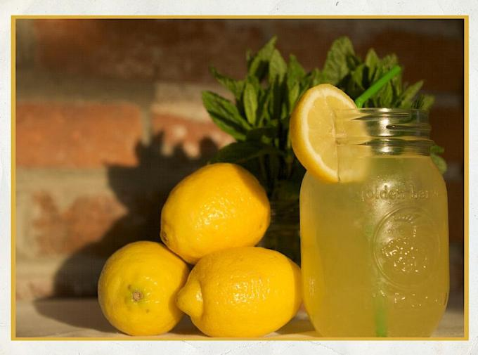 Lighthouse Picnics Lemonade