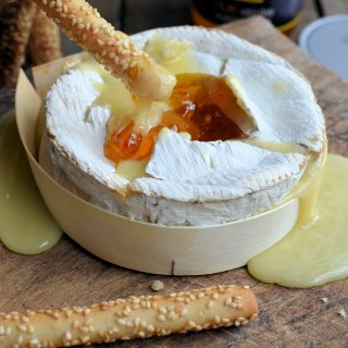Baked Camembert with Stokes Chilli Yellow Pepper Jelly