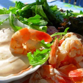 Old Bay Prawns/Shrimp in Wine with a Spicy Creamy Dip,