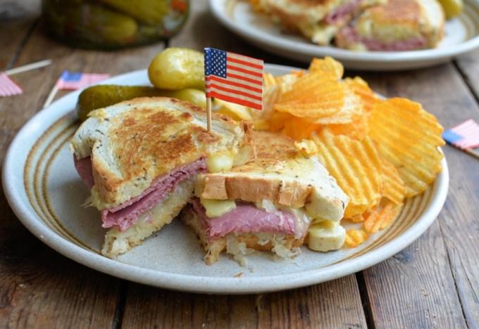 Reuben Sandwich (3)