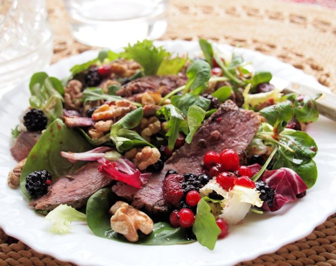 Pan-Fried Duck Breast Salad with Mixed Berries & Walnuts