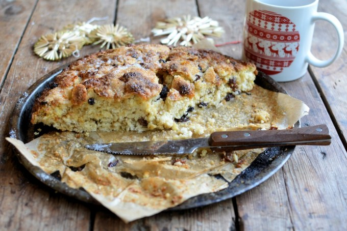 A delicious way to use up any mincemeat that may be lurking in the fridge; this mincemeat soda bread recipe is perfect for the New Year tea time table.