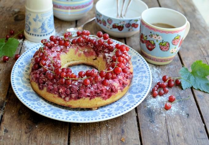 Moelleux aux Groseilles (Redcurrant Cake)