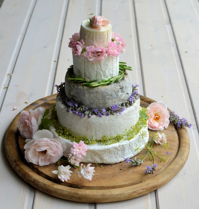 Cheese cake tower flowers