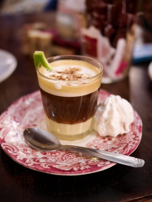 Asiatico Cafe made with condensed milk - lime - liquor 43 - brandy - cinnamon and coffee beans in Cartagena