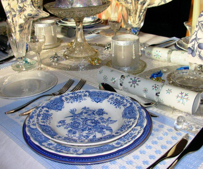 Christmas Day Dinner Table Setting