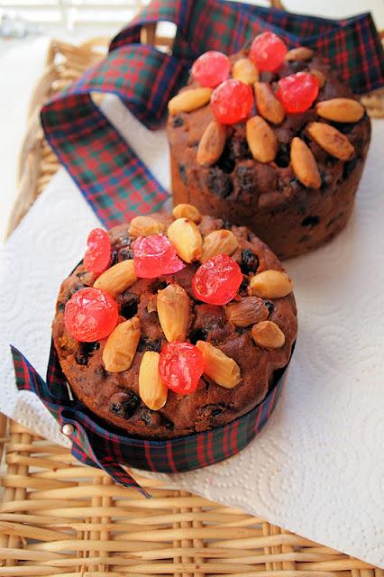Mini Dundee Cakes