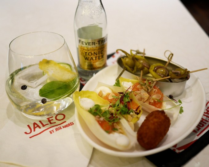 Lunch Like a Spaniard with JOSÉ ANDRÉS at Jaleo, The Cosmopolitan
