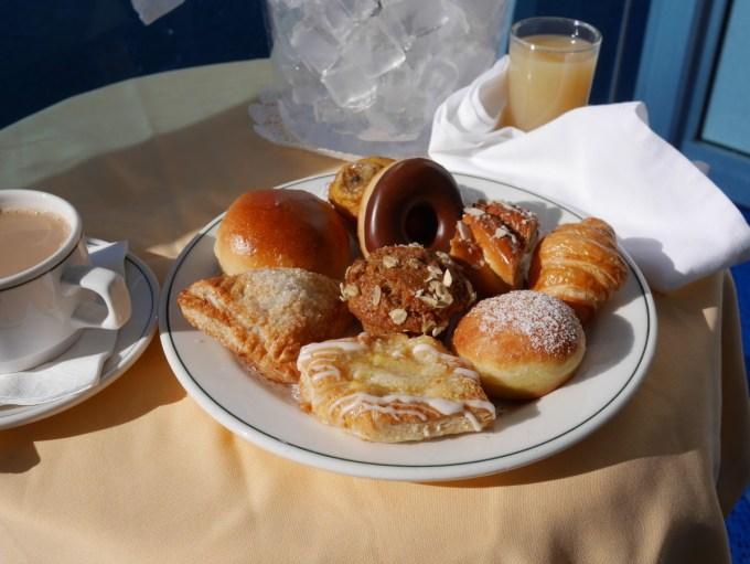 Deluxe Balcony Breakfast