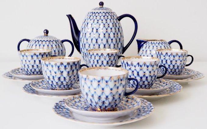 "Anna Yatskevich - Lomonosov Imperial Porcelain Factory - Tulip ""Cobalt Net"" Coffee set"