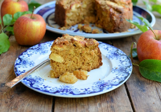 Apple Cake with Spiced Brown Sugar