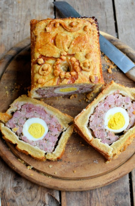 Gala Pie - Ham and Egg Pie