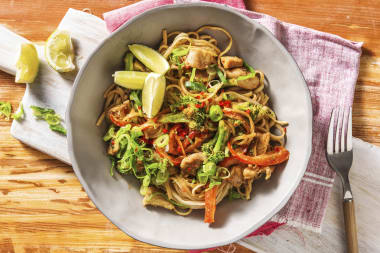 Chicken and Peanut Butter Noodles with Broccoli and Red Pepper