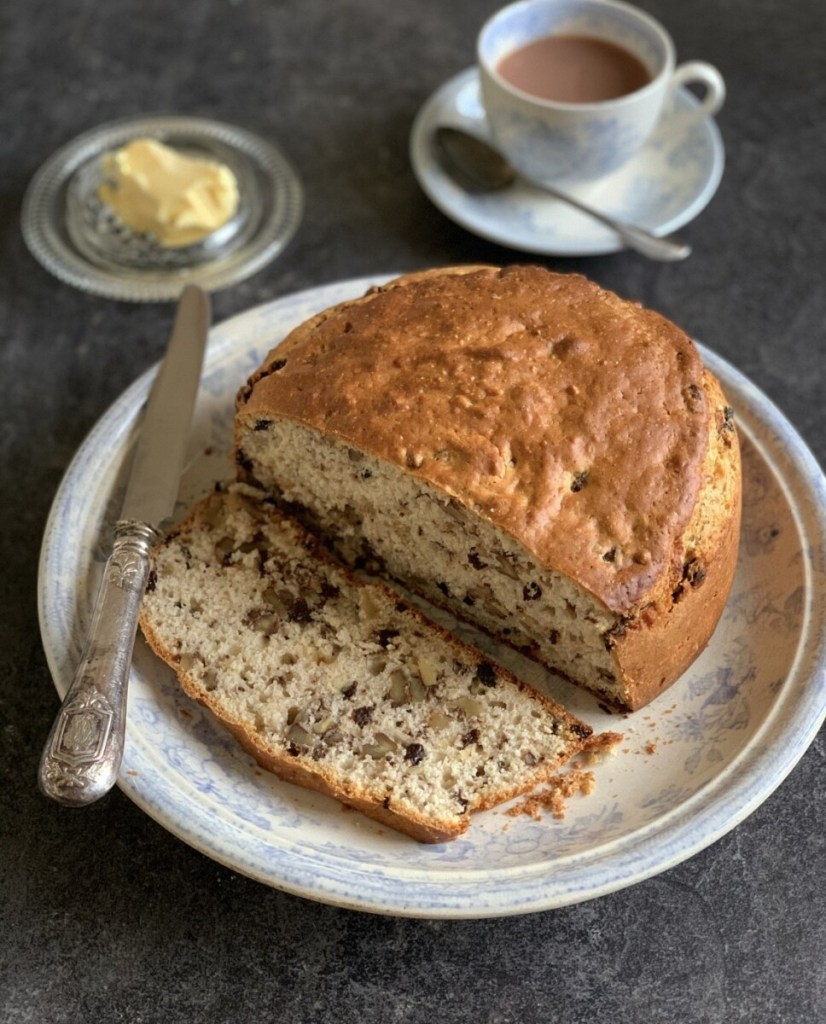 Hikers' Walnut Bread