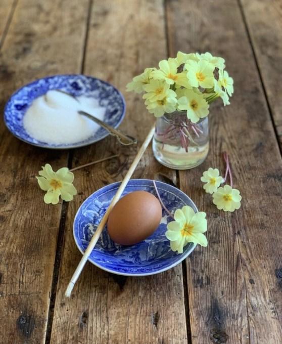 INGREDIENTS: 30 - 40 fresh primroses 1 egg white caster sugar