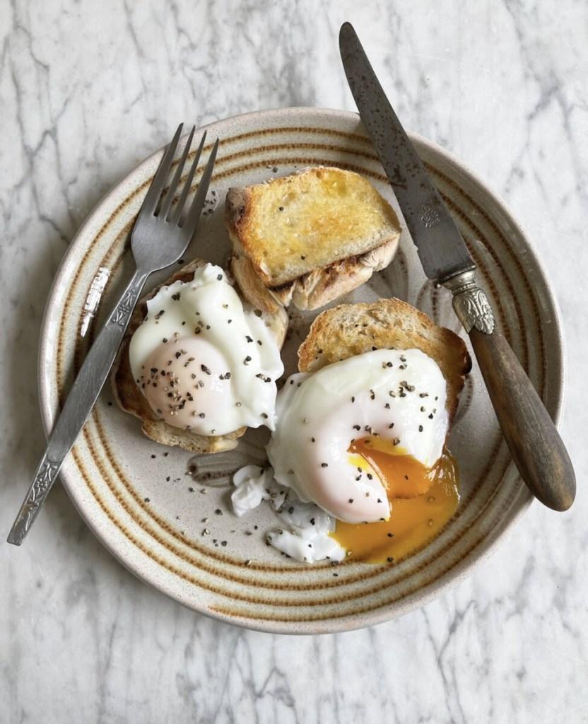 Poached egg on sourdough toast