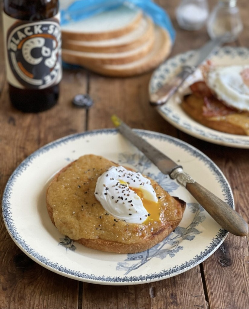 """My recipe for Yorkshire Buck Rarebit makes a wonderful brunch, breakfast, lunch, tea or supper dish. It's easy to make, and you can make the """"rarebit"""" topping beforehand, then just store it in the fridge until you need to use it."""