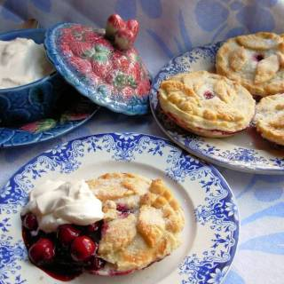 Berry Beautiful English Summer Fruit Pies