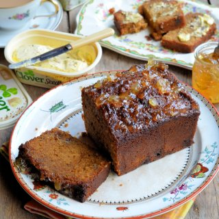 The Lavender & Lovage Weekend Bakery: Sticky Ginger Marmalade Tea Loaf Recipe