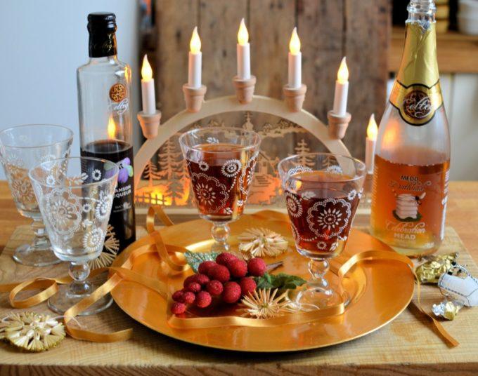 Sparkling Damson & Honey Liqueur Cocktail – bucks fizz with a Welsh twist t