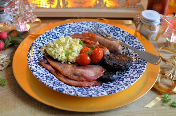 One Tray Welsh Breakfast with Scrambled Eggs