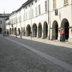 Castelponzone-Borgo medievale