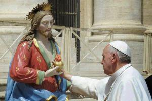 papa Franc e Sacro Cuore