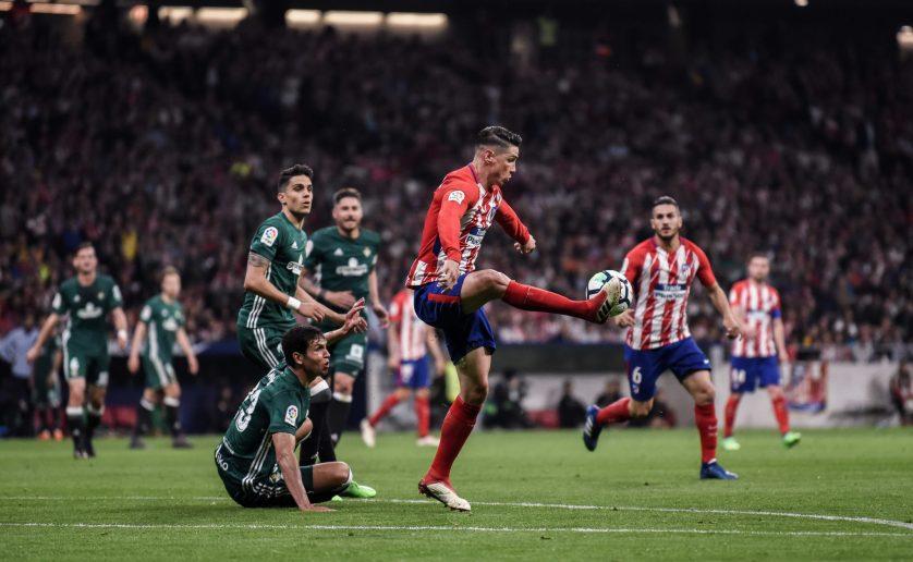 Torres, muy activo durante toda la noche. Foto: Ruben de La Fuente