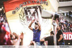 El Frente Atlético llevó en volandas al equipo un día más. Foto: Rubén de la Fuente