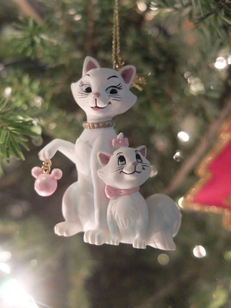 disney-ornament-1