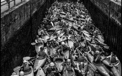 Embouteillage de canoës