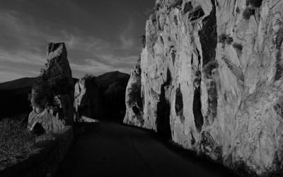 La Corse en noir et blanc. Soleil couchant