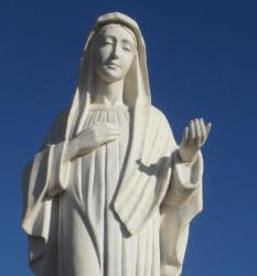 LA VIERGE MARIE – LA DAME DU MOYEN-ORIENT