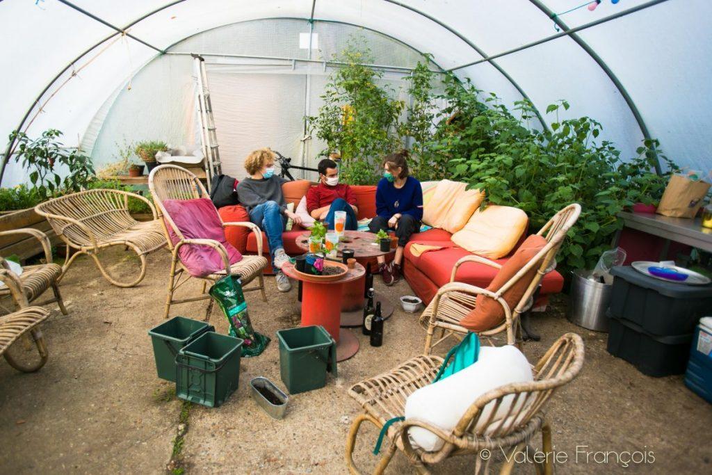 La serre du jardin du monde, un lieu de rencontres et d'échanges