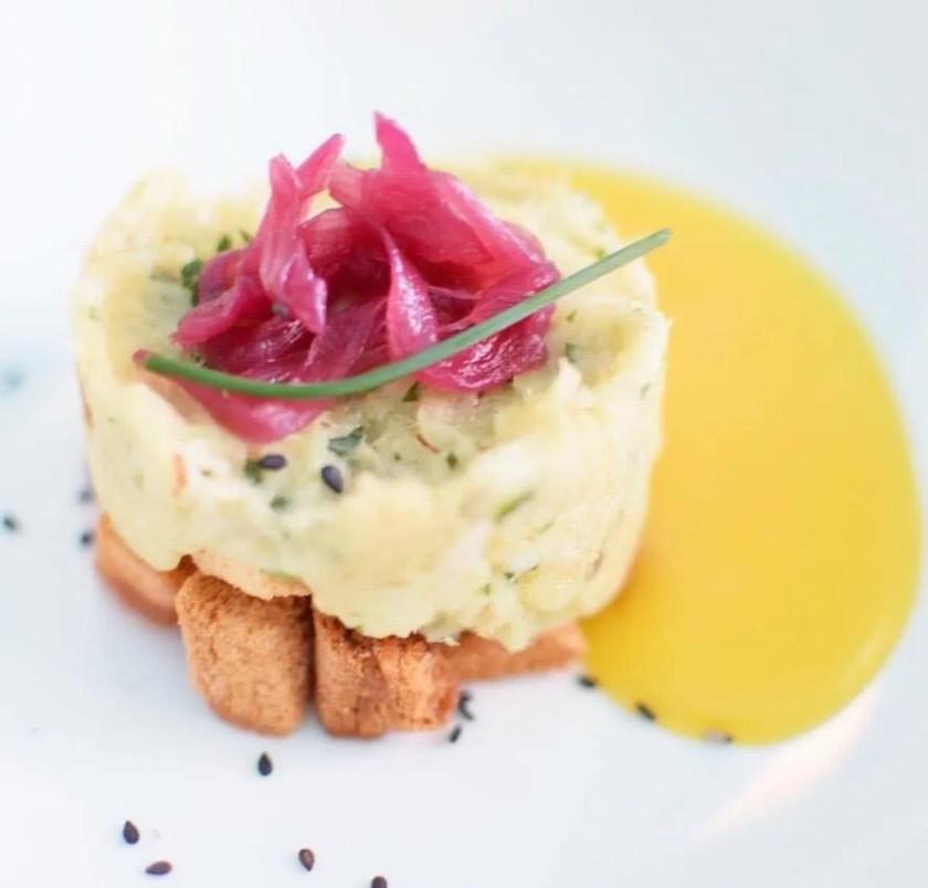 Ristorante Sabir Gourmanderie - Mousse di baccala in salsa allo zafferano ennese e caramelle di cipolla rossa