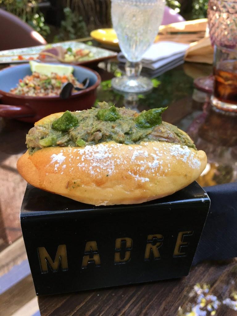 Maritozzo con Burrata del ristorante Madre a Roma
