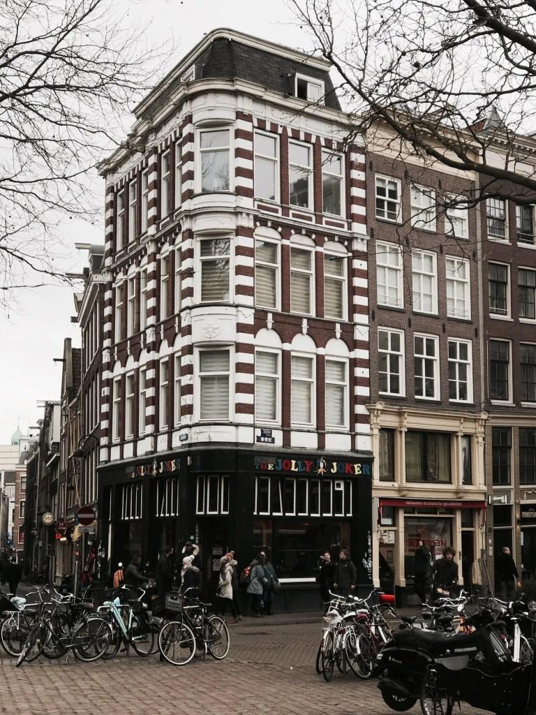 Palazzi e biciclette di Amsterdam