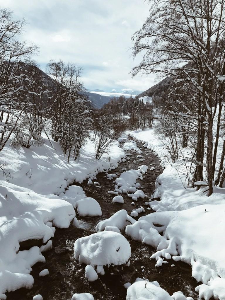 ruscelli nella neve