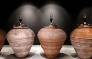 Gli articoli che hanno fatto la storia di Lavinium: Anfora, terra, acqua, forno - Gli inizi. La terracotta. Il rapporto anfore-legno. Le alternative
