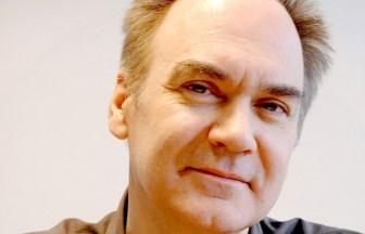 Hervé Le Tellier, auteur de L'Anomalie, ouvrage de science fiction ou Polar selon notre sensibilité.