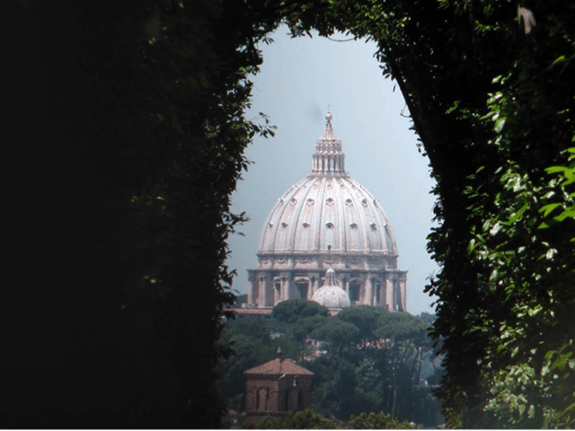 Hidden Rome: the key hole with the St Peter view