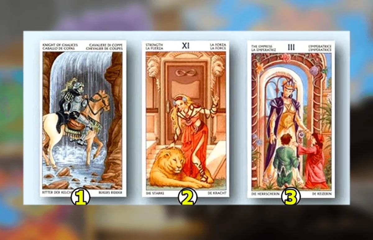 Ascolta il tuo intuito e scegli una delle tre carte!