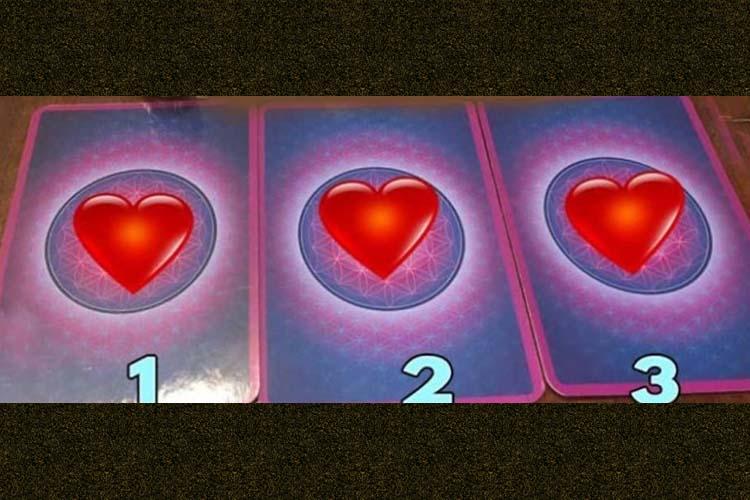 Scegli una carta e ottieni una previsione dei tarocchi sull'amore