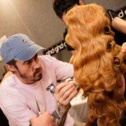 Milano Fashion Week ghd firma gli hair look del fashion show di Moschino AI 2020 21