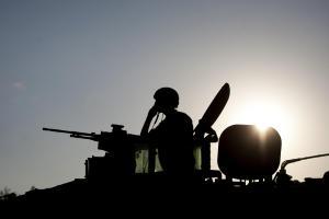 Israele-Palestina: bombardamenti e lanci di missili