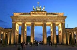 Tour-berlino-family-brandenburger-gravità-zero