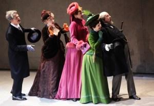 Un momento delle prove del Manon, grande classico della letteratura francese andato in scena al Teatro La Scala nel 2012