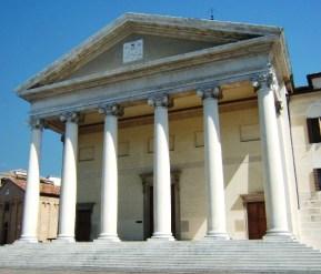 Duomo di Treviso in piazza del Duomo