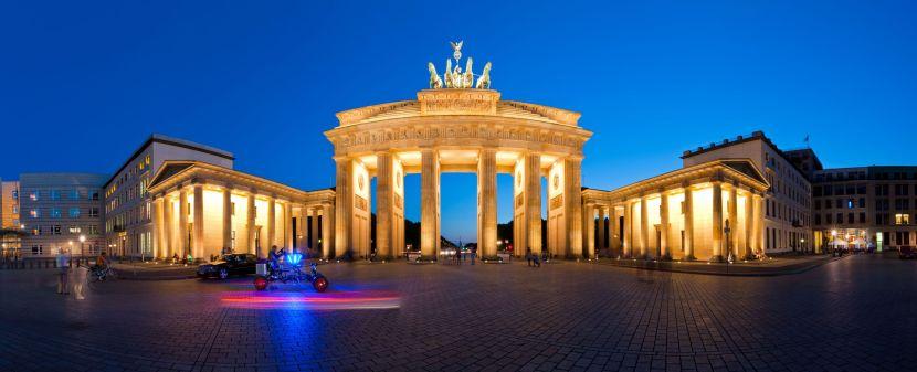 brandenburg-gate-in-berlin-germany-photo